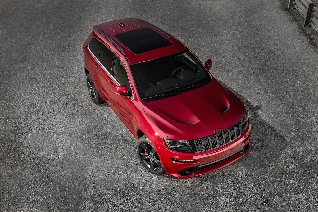 2015-jeep-grand-cherokee-srt-is-no-hellcat-photo-gallery_4