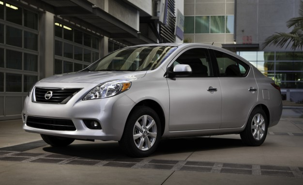 2012-Nissan-Versa-1.6-SL-sedan-placement-626x382