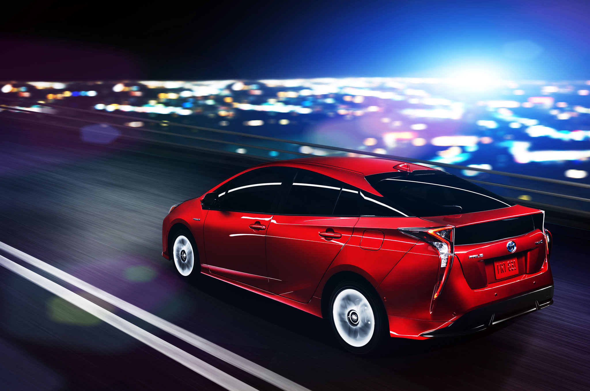 2016-toyota-prius-rear-side-motion-view