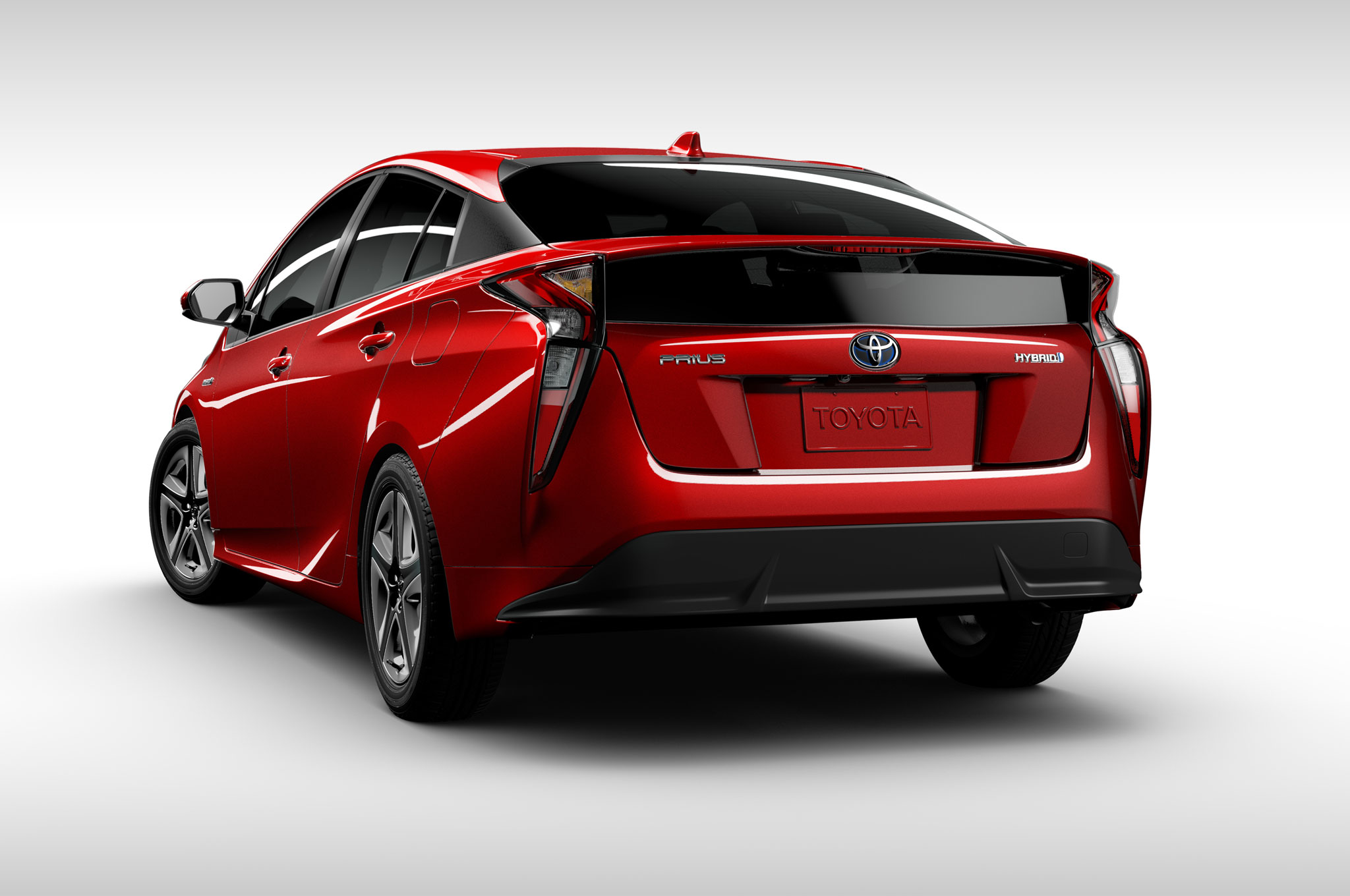 2016-toyota-prius-rear-view-wheels-turns