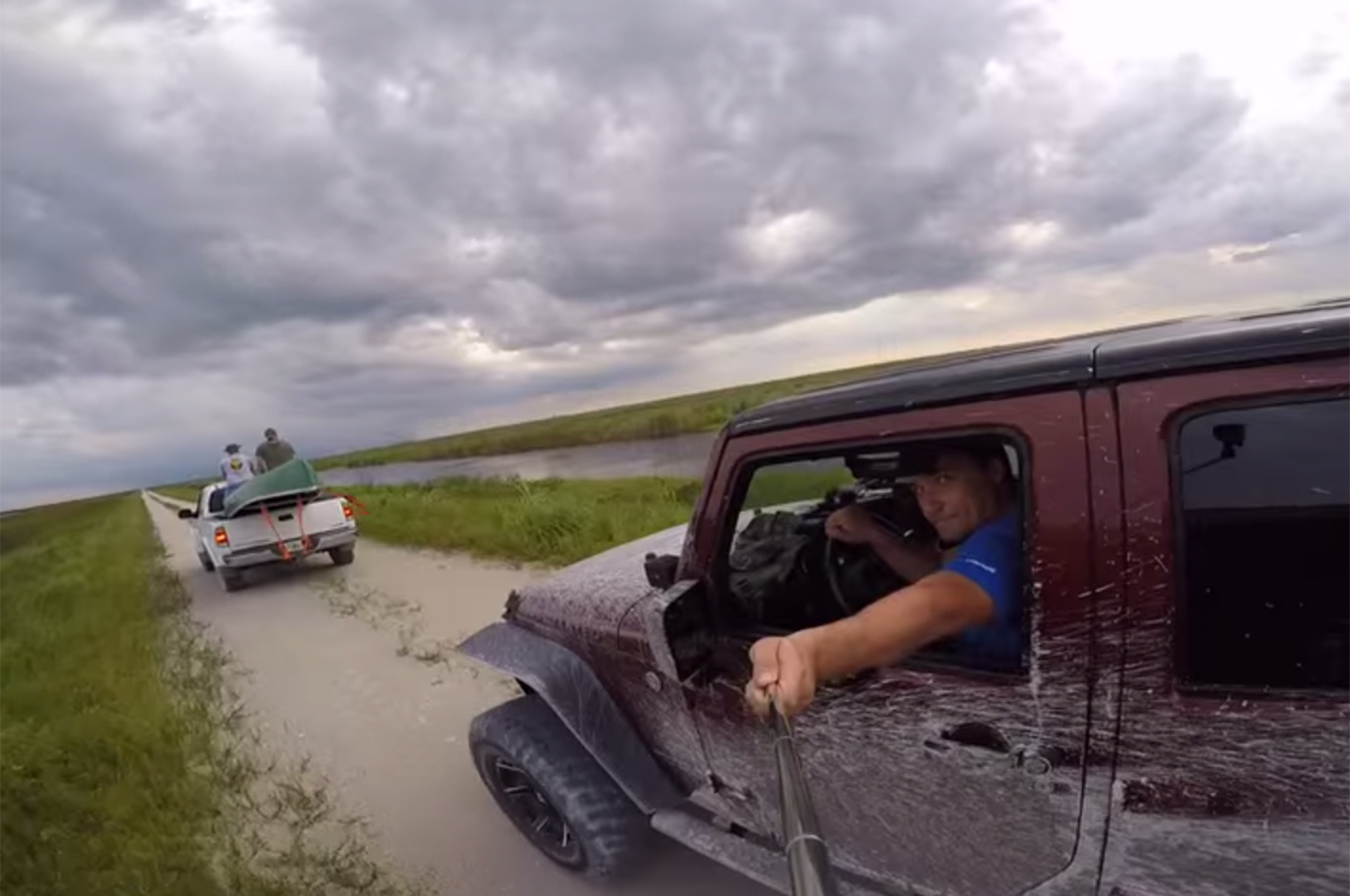 florida-man-selfie-stick-wrangler-crash