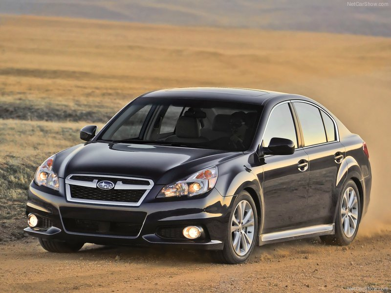 Subaru-Legacy_2013_800x600_wallpaper_01