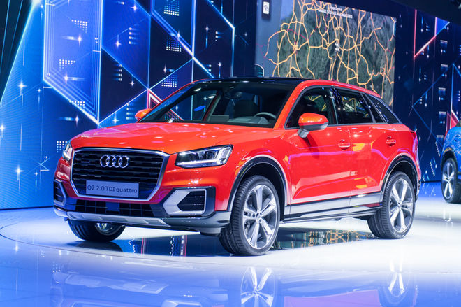 2017-Audi-Q2-front-three-quarter