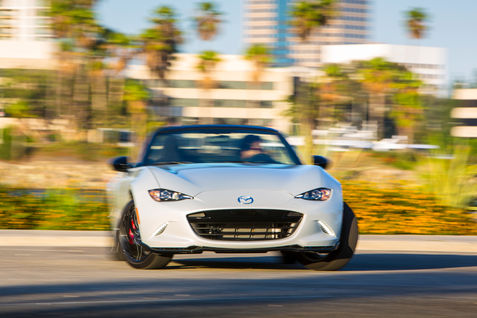 2016-Mazda-MX-5-Miata-Club-front-end-drift