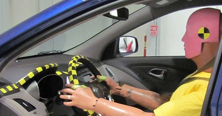 IIHS_crash_test_dummy_in_Hyundai_Tucson