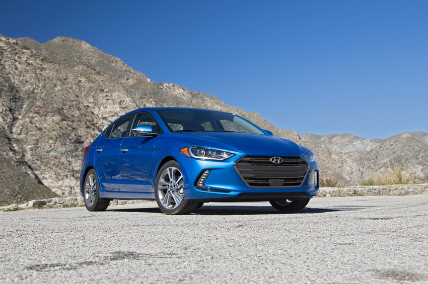 2017-Hyundai-Elantra-Limited-front-three-quarters