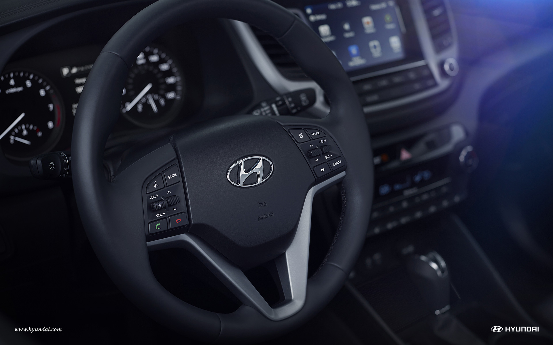 2017-hyundai-tucson-int-27-leather-wrapped-steering-wheel