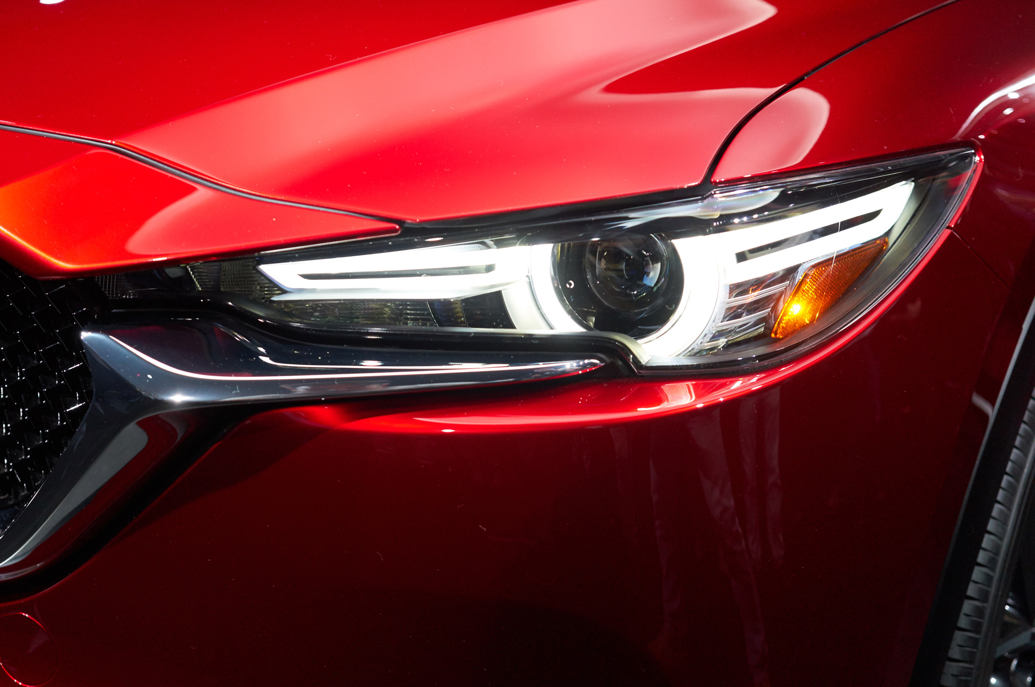 2017-mazda-cx-5-headlight