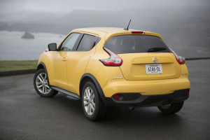 2015-nissan-juke-rear-three-quarter-02