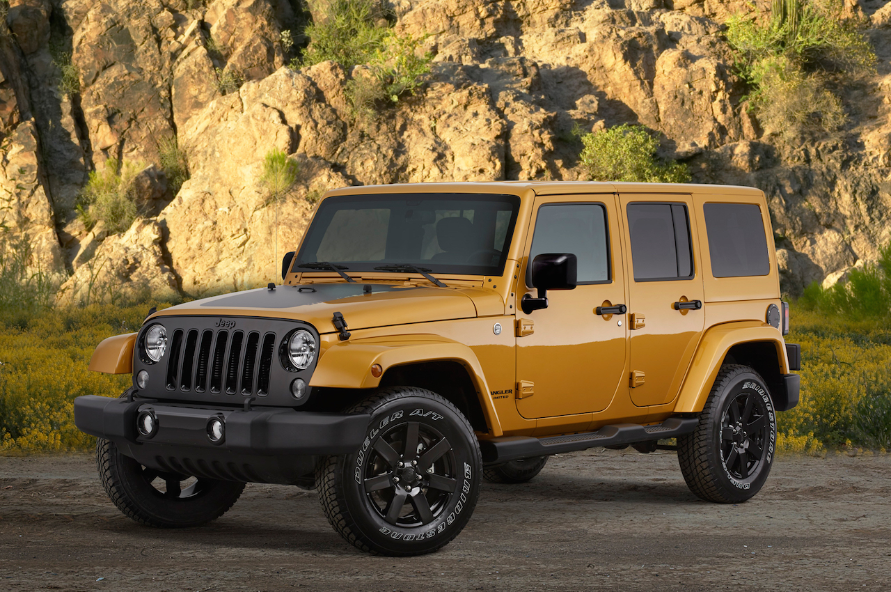 2014-jeep-wrangler-altitude-front-three-quarter