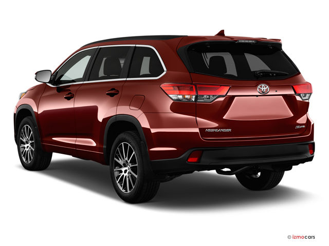 2017_toyota_highlander_angularrear