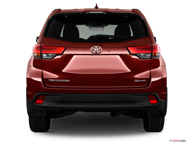 2017_toyota_highlander_rearview