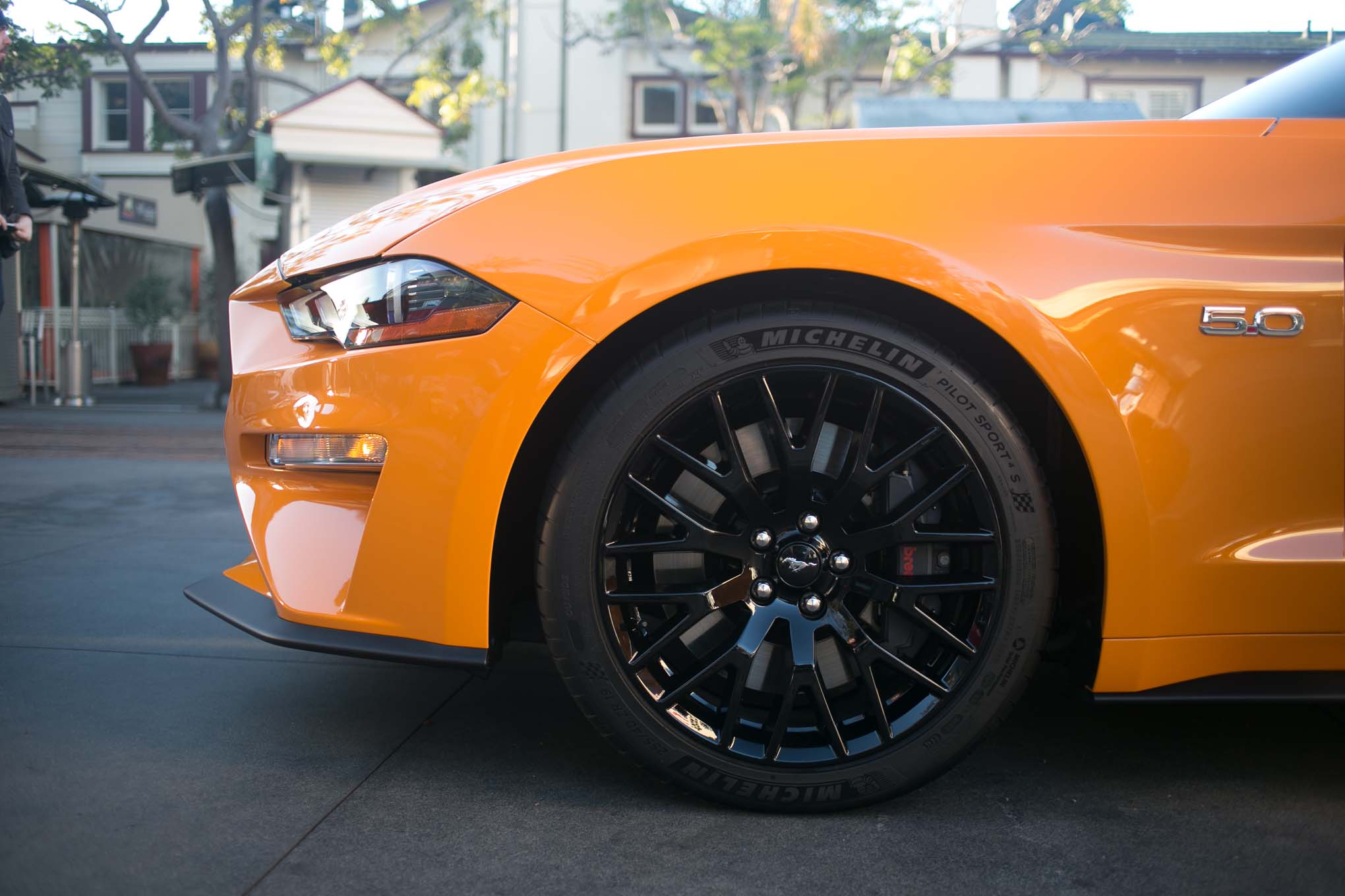 2018-Ford-Mustang-GT-V8-Performance-Pack-wheels