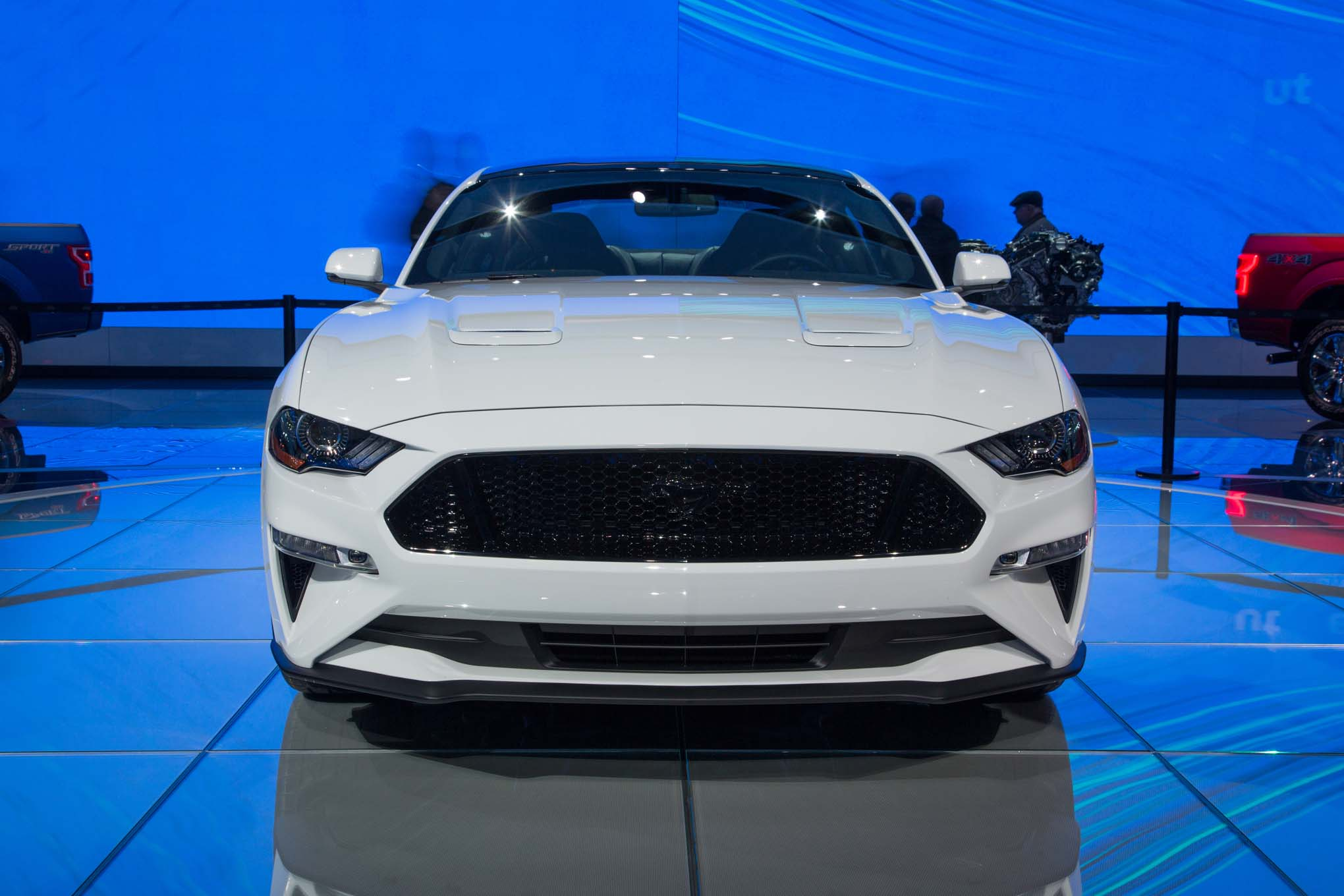 2018-Ford-Mustang-GT-front-end