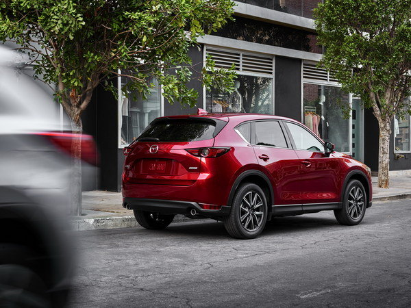 mazda-cx-5-is-fully--27_600x0w