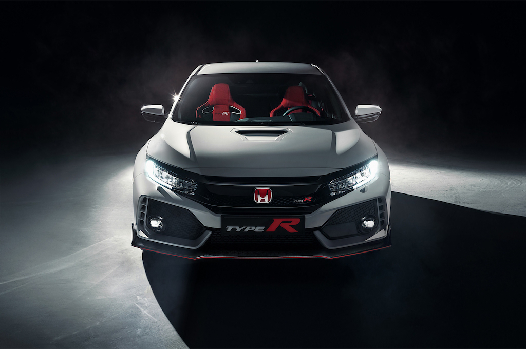 2017-Honda-Civic-Type-R-front-view