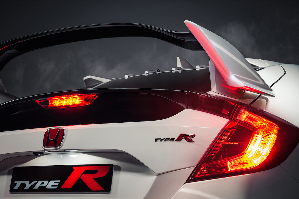 2017-Honda-Civic-Type-R-rear-end-detail