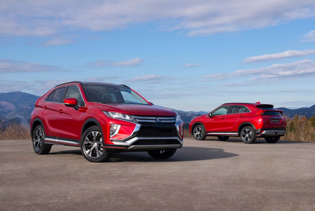 2018-Mitsubishi-Eclipse-Cross-front-rear-three-quarter