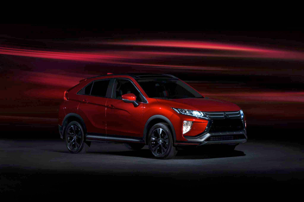 2018-Mitsubishi-Eclipse-Cross-front-three-quarters-02