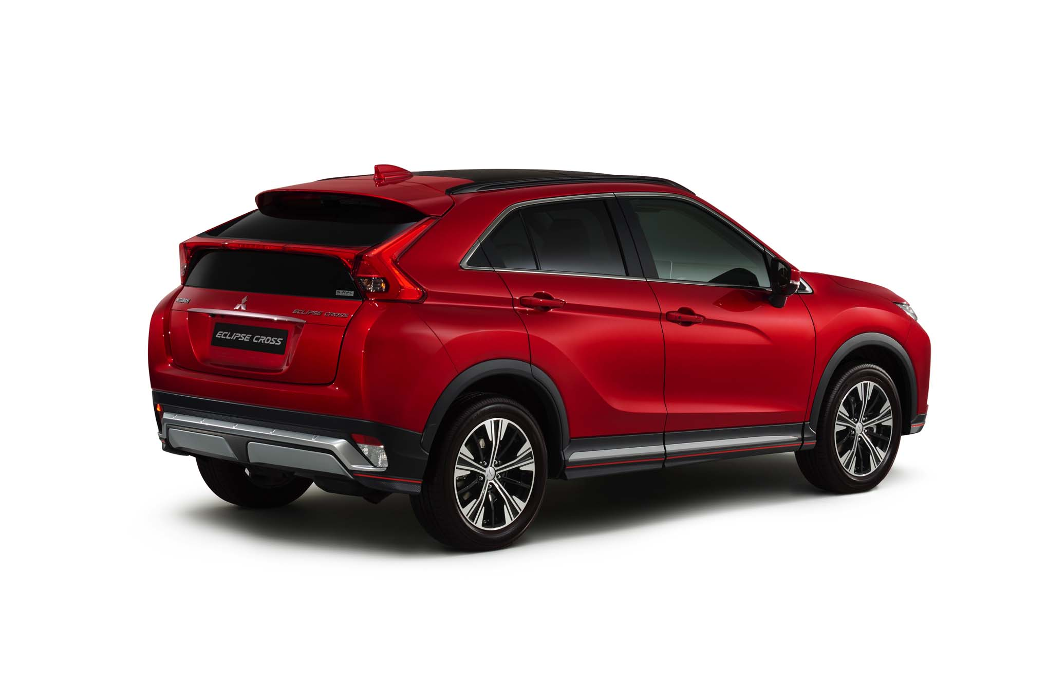2018-Mitsubishi-Eclipse-Cross-rear-three-quarter-02
