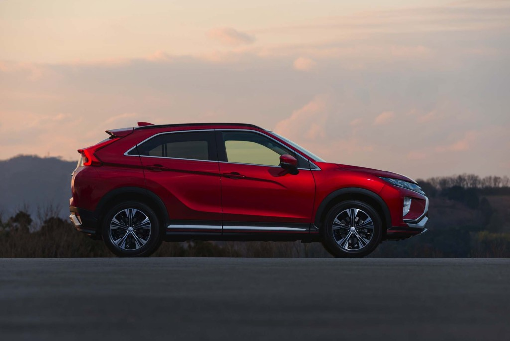 2018-Mitsubishi-Eclipse-Cross-side-profile