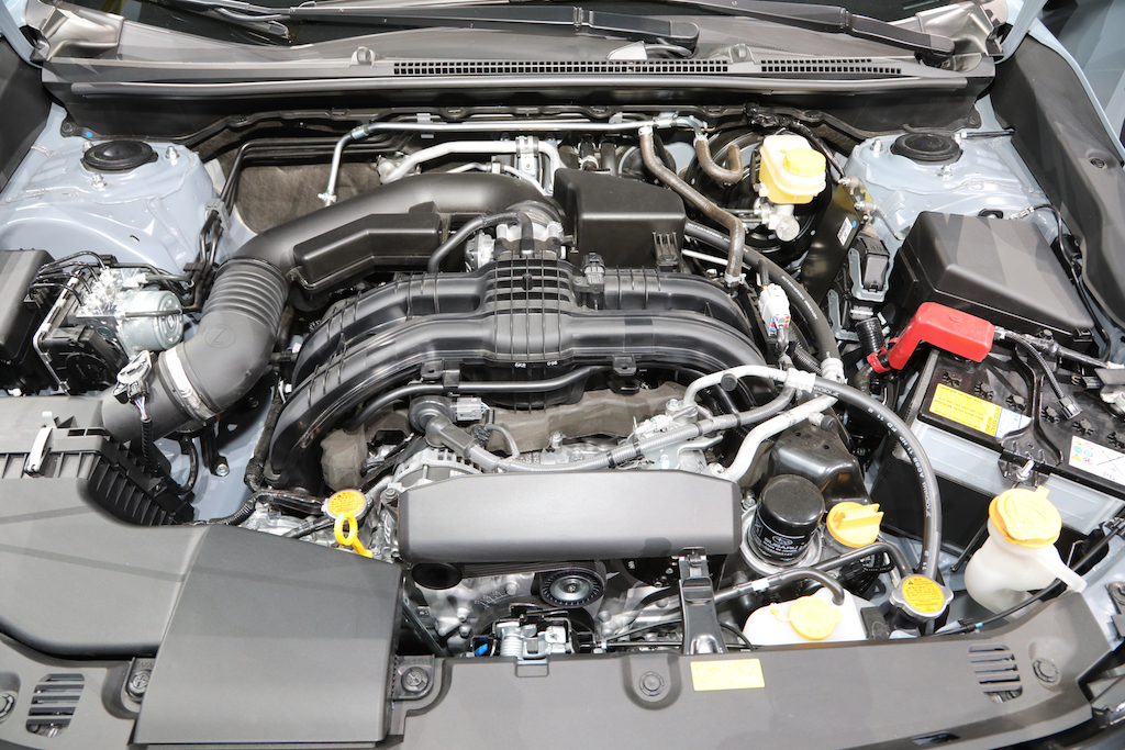 2018-Subaru-Crosstrek-Euro-Spec-engine