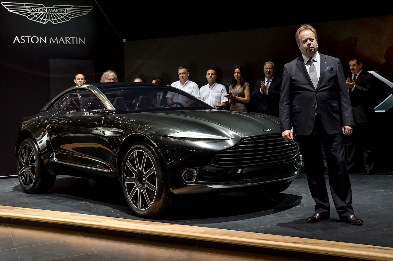 Aston-Martin-DBX-concept-front-three-quarter-with-Andy-Palmer