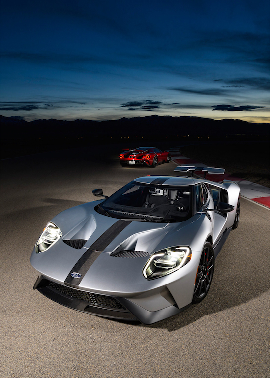 2017-Ford-GT-group-03