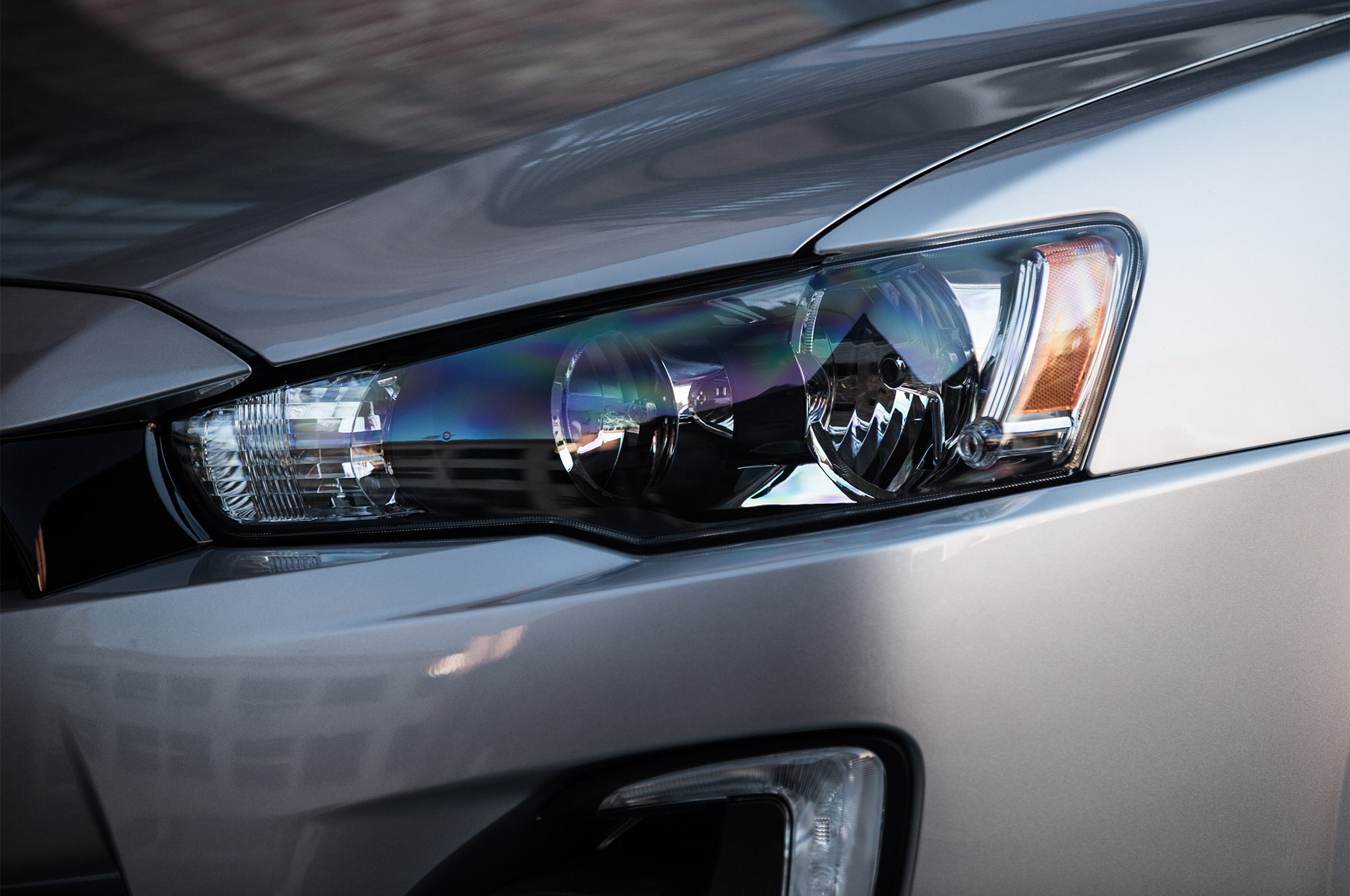2017-Mitsubishi-Lancer-Limited-Edition-headlamp
